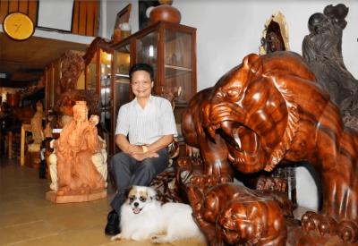 Nghệ nhân Đăng Tự người đam mê thổi hồn vào gỗ mỹ nghệ